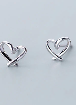 Серьги-гвоздики сердечки серебро 925 / большая распродажа!