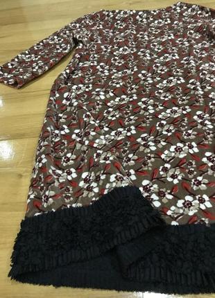 Оригинальное дизайнерское бархатное платье с кружевом