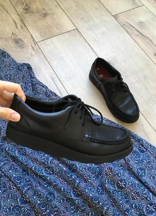 Кожанные туфли clark's