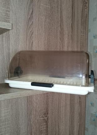 Хлебница пластмассовая прозрачная