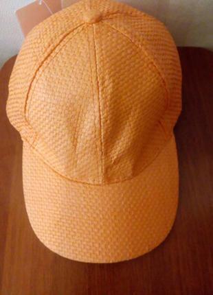 Летняя кепка с натурального материала stradivarius