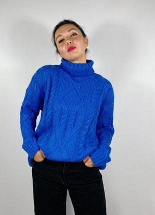 Тёплый оверсайз свитер