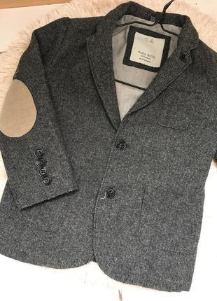 Пиджак на мальчика zara
