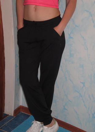 Спортивные штаны с манжетами раз.м