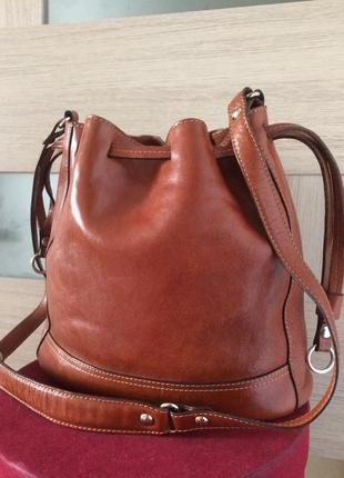 Massimo dutti стильная сумка из натуральной кожи