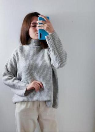 Oversize свитер от bershka