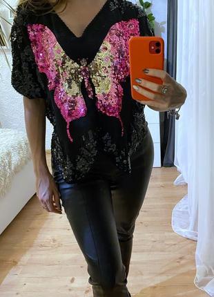Блузка с пайетками