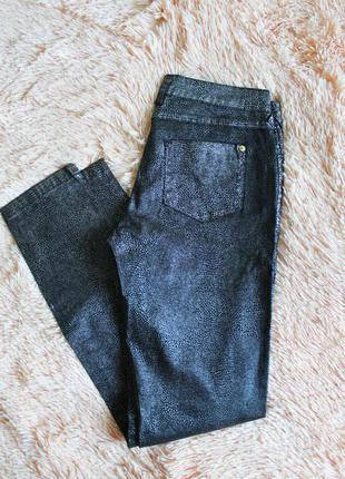 Джинсы брюки змеиный принт  montego 38