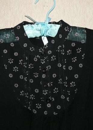 Красивая блузочка черная