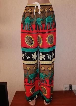 Яркие, красивые легкие женские свободные брюки, штаны