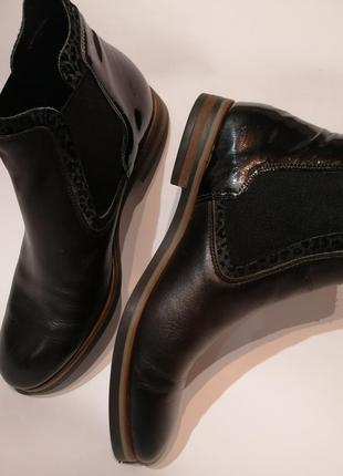 Нереально классные ботинки, челси. натуральная кожа.