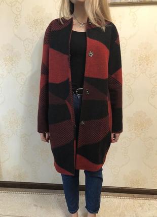 Стильное шерстяное пальто от vovk