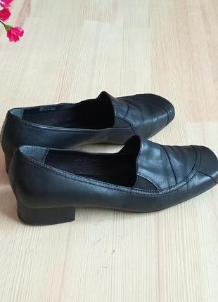 Черные кожаные туфли clarks 38р.