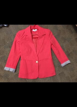 Пиджак размера xs