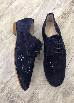 Новые натуральные фирменные туфли мокасины 40р.