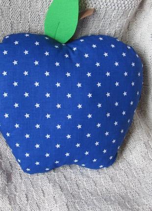Подушечка яблоко