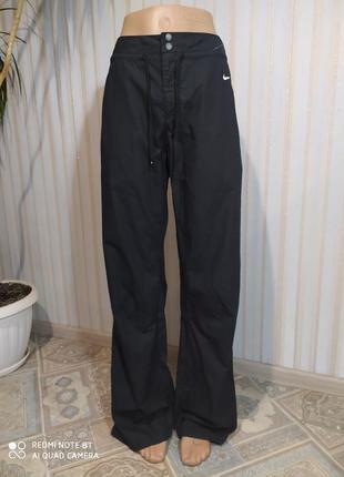 Очень классные котоновые спортивные штаны от nike