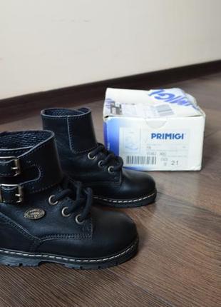 Демисезонные кожаные сапоги ботинки primigi