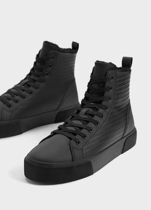 Ботинки утепленные bershka кроссовки кеды высокие