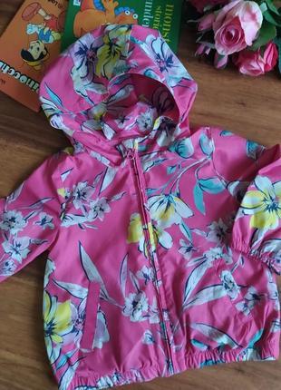 Модная куртка дождевик на модницу gap на 1,5-2 года.