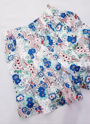 Uniglo шорты юбка пояс на резинке с защипами s цветы