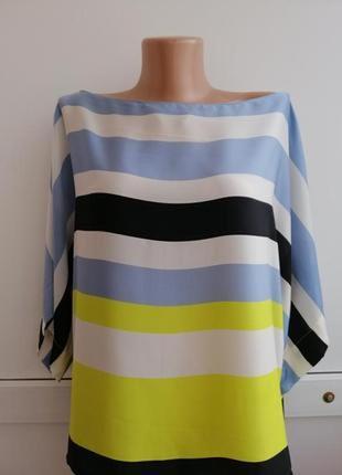 Блуза голубая белая черная