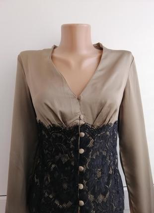 Блуза коричневая атласная с черным кружевом
