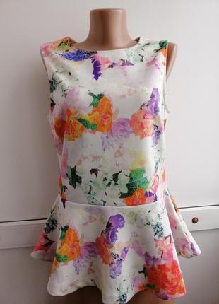 Блуза белая розовая цветочный принт с баской