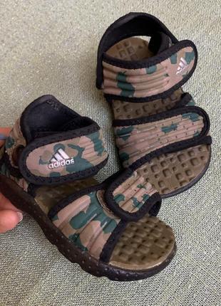 Босоножки сандали adidas оригинал р.20