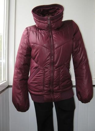 Куртка с высоким воротником (есть малюсенький нюанс)
