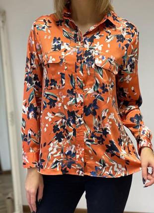 Классная цветочная блуза под атлас m&s