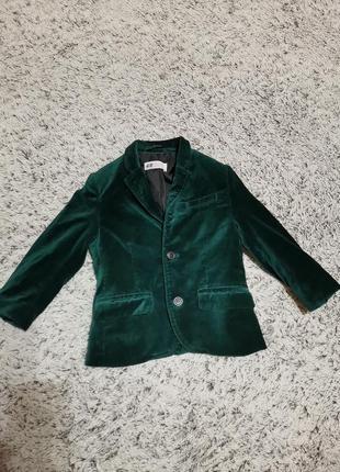 Бархатный зеленый пиджак, нарядный пиджак, на 2-3 года