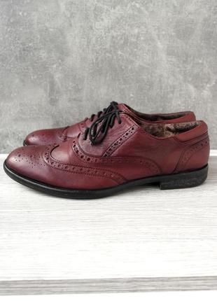 """Стильные кожаные бордовые мужские туфли броги """"jones bootmaker"""". размер uk8/ eur 42."""