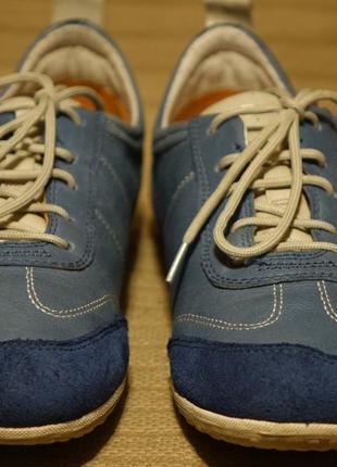 Легонькие комбинированные фирменные кроссовки geox respira италия 39 р