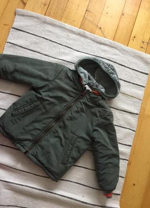 Тепла курточка zara на хоопчика 2-3 роки
