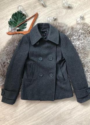 Фирменное шерстяное пальто h&m