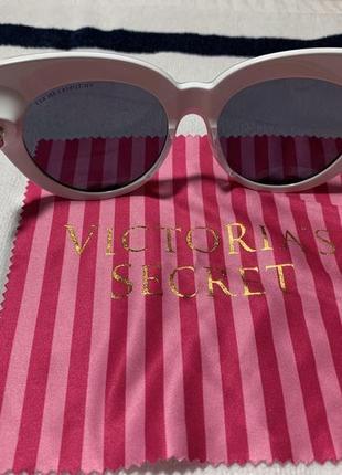 Солнцезащитные очки victorias secret
