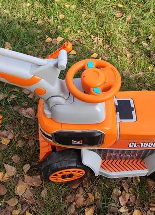 2в1 толокар+электромобиль  управление с пульта или ножной педалью