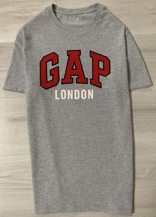 Новенька чоловіча футболка gap london