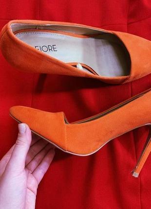 Яркие лодочки оранжевого цвета  fiore