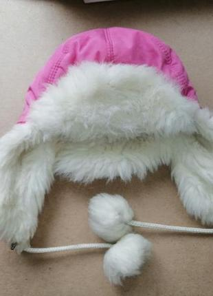 Теплая меховая шапка на девочку boobon