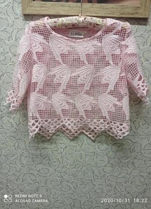 Красивая ожурная,гипюровая,кружевная блузка