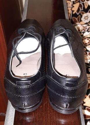Кожаные туфли 36 размер чёрные на шнурках4 фото