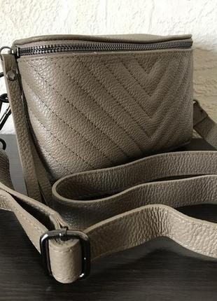 Поясная 29474 кожаная сумка /италия/ тауп