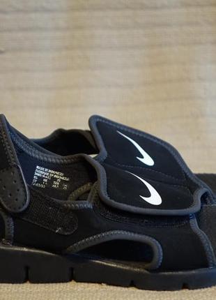 Замечательные легкие черные фирменные сандалики nike sunray adjust 4. 32 1/2 р.
