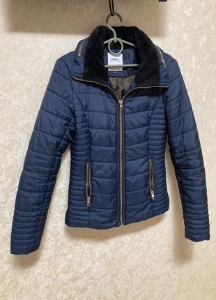 Only фирменная женская куртка