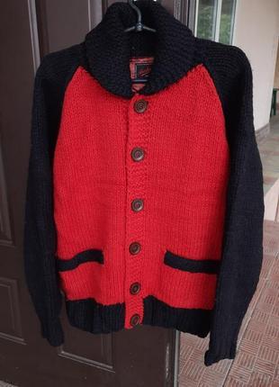 Вязаный свитер на пуговицах 100% шерсть