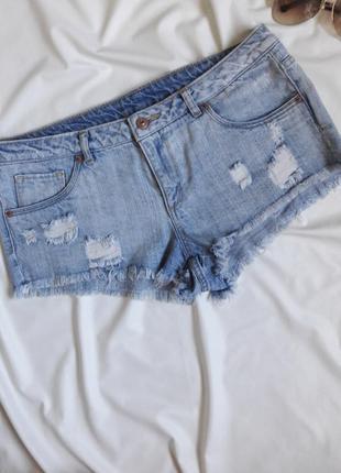 Актуальные и стильные шорты. короткие,рваные шорты, h&m. р-р. м