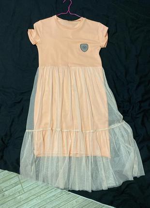 Літнє персикове плаття
