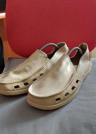 Туфли мокасины кроксы crocs m12 45p бежевые